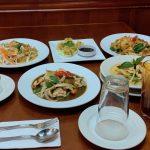 river thai table